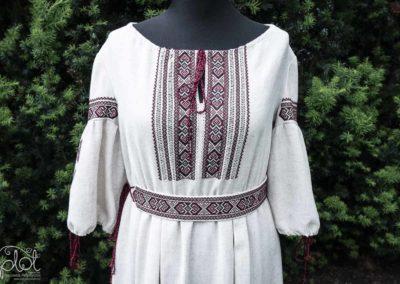haft sukienka