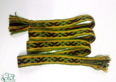 krajka wybierana wełniana zielona